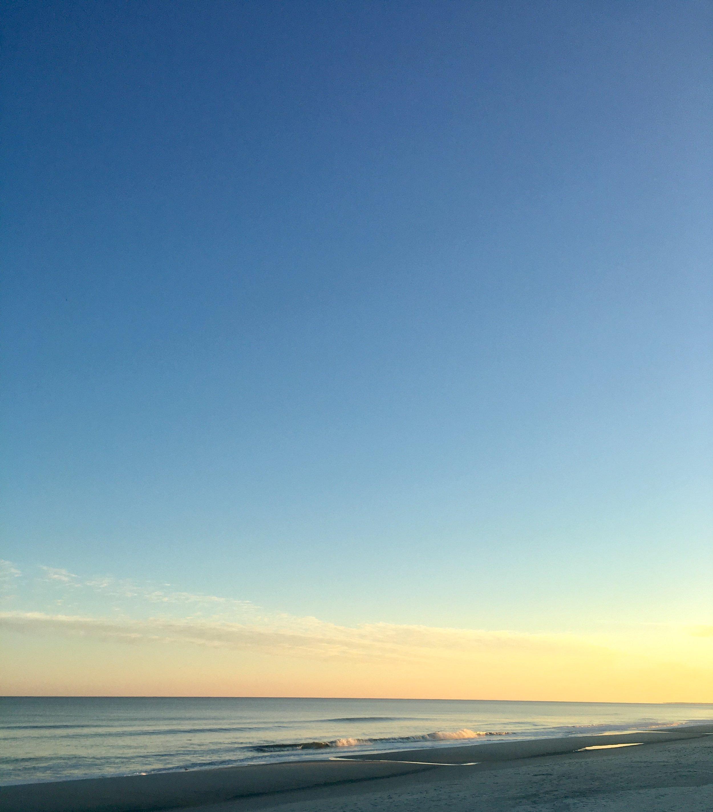 The beach in Charleston, South Carolina, at sunset. Breathtaking!   MissFunctional Money #sunset #beach #honeymoon
