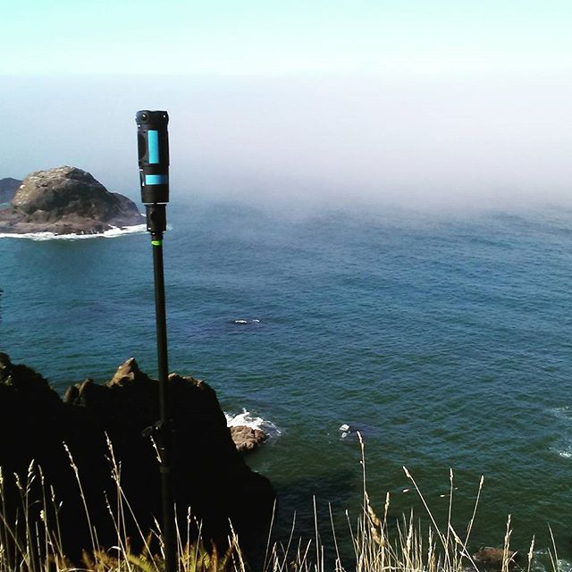 From the coast to coast, fog or clear sky's, we are ready to capture life in 360º. • • • • • • • #virtualreality #VR #experience #travel #Explore #adventure #production #360degrees #Hollywood #LosAngeles #California #Beautiful #IGDaily #love #Instagood #Home #tech #Startup #Technology #Ar #htcvive #Immersive #explore #TechStartup #ocean #sea #cliff #oregon #hippie