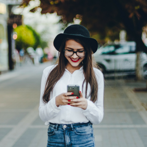 Manejo de Redes Sociales y creación de contenido - Nos encargamos de tus redes sociales mientras te encargas de hacer crecer tu negocio. Ofrecemos cursos en manejo de redes sociales y diferentes paquetes para PyMES. También creamos contenido para tus redes o blog. Consulta por nuestros paquetes en manejo de redes.