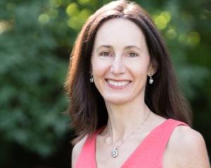Debbie Huttner<br> DH2 Capital