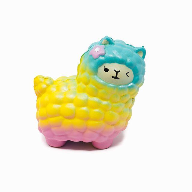 Squishy Alpaca Swipe Left ⬅️⬅️⬅️ #toycup #squishy #slowrise #cute #alpaca