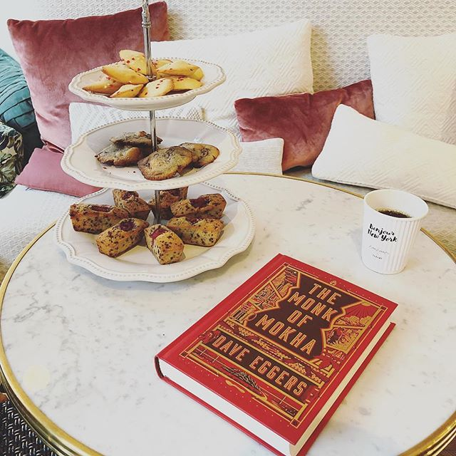 Looks 💯 @mels_book_club Thanks for reading THE MONK OF MOKHA! #daveeggers #themonkofmokha #mokhtaralkhanshali #coffee #thirdwavecoffee #bookclub #bookstagram #yemen #author #truestory #nonfiction