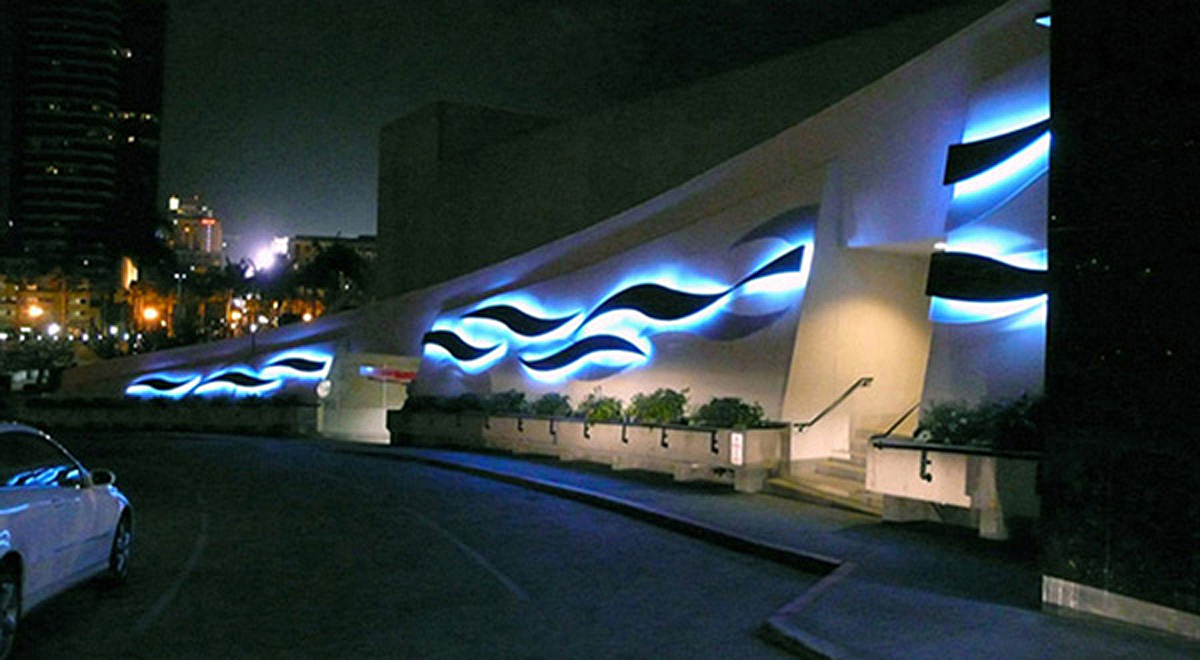 3  Tidal Flows - San Diego Marriott Hotel and Marina.jpg