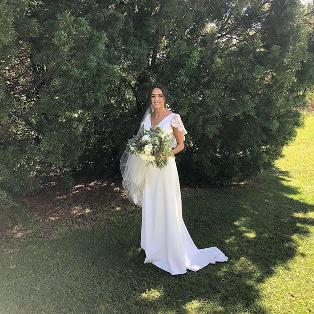 Preciosa boda hoy en Casa Los Angeles, Malinalco @clamalinalco felicidad a los novios y a @belemeventosmarq DJ @billy.gramofun