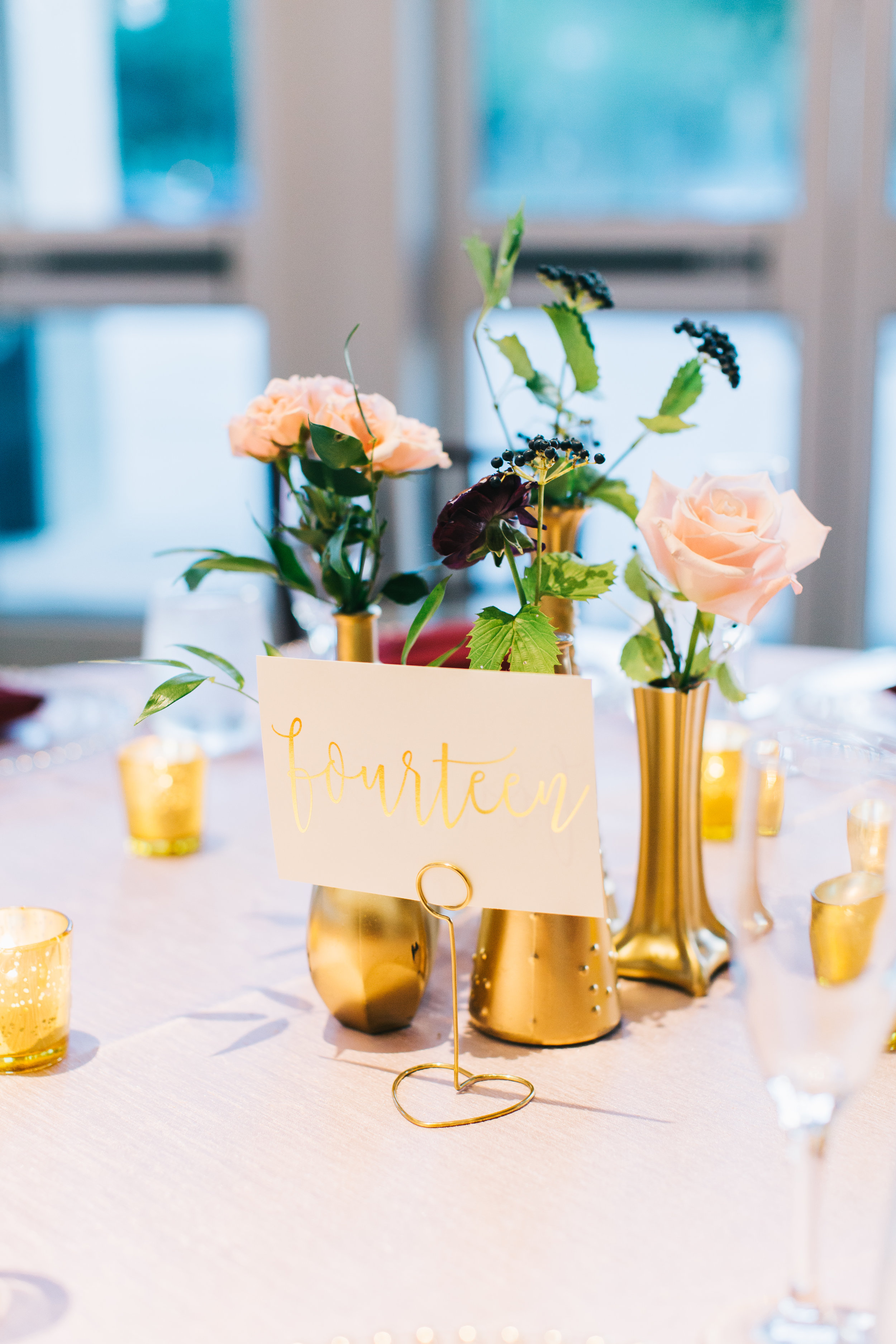 Bluegrass Chic - Bud vases with floral centerpiece gold