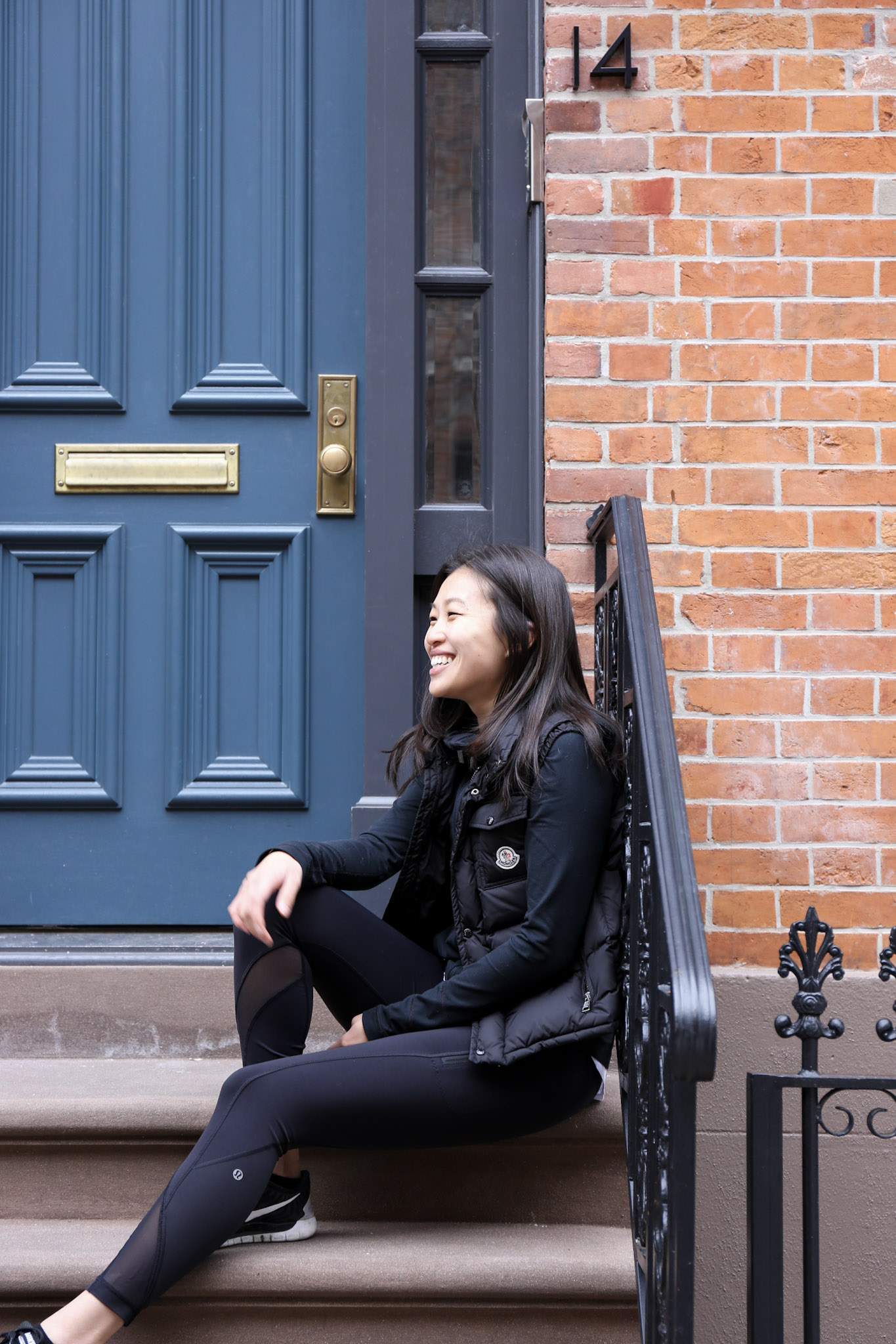 Hi beauties 👋 - My name is Ling. I'm a New York-based Health Coach passionate about helping women discover healthy lifestyles that are realistic, balanced and sustainable. For some of us,eating is way more complicated than calories in, calories out. It's a touchy subject that can stir up a lot of frustrating emotions. I think many of us can recall the exact moment family, friends, boyfriends, teachers, acquaintances and/or strangers made us feel awful or ashamed about how we looked. Some of those memories can still bring tears to my eyes.My own journey has been a long, complicated one.I struggled with disordered eating and body dysmorphia for more than a decade:I went through bouts of intense caloric restriction, developed abnormal eating habits, obsessively weighed and body checked myself.It wasn't until I lost my younger sister to leukemia that I realized I was foolishly taking advantage of the one thing she did not have: good health.This epiphany led me to completely change my lifestyle. I began exercising regularly, started eating proper meals, discovered my love for cooking, saw a psychiatrist and nutritionist and began to reeducate myself about nutrition (fat doesn't make you fat, carbs are not the enemy!). It's been 5 years and my attitude towards food, eating and weight have changed drastically.I no longer fixate on an unrealistic double digit goal weight which has been incredibly liberating.When I started sharing my story on Instagram, I realized that my struggle is not unique to me. Many women I've connected with have experienced variations of what I've gone through.My hope is that PRETTY BALANCED will show women who have or are currently struggling with food and body image that change is possible and that there is a positive way to move past years of detrimental behavior and thinking. I hope PRETTY BALANCED will inspire women from all walks of life to figure out what being healthy means for themselves.Whether it's a new recipe, nutrition tip or interview,