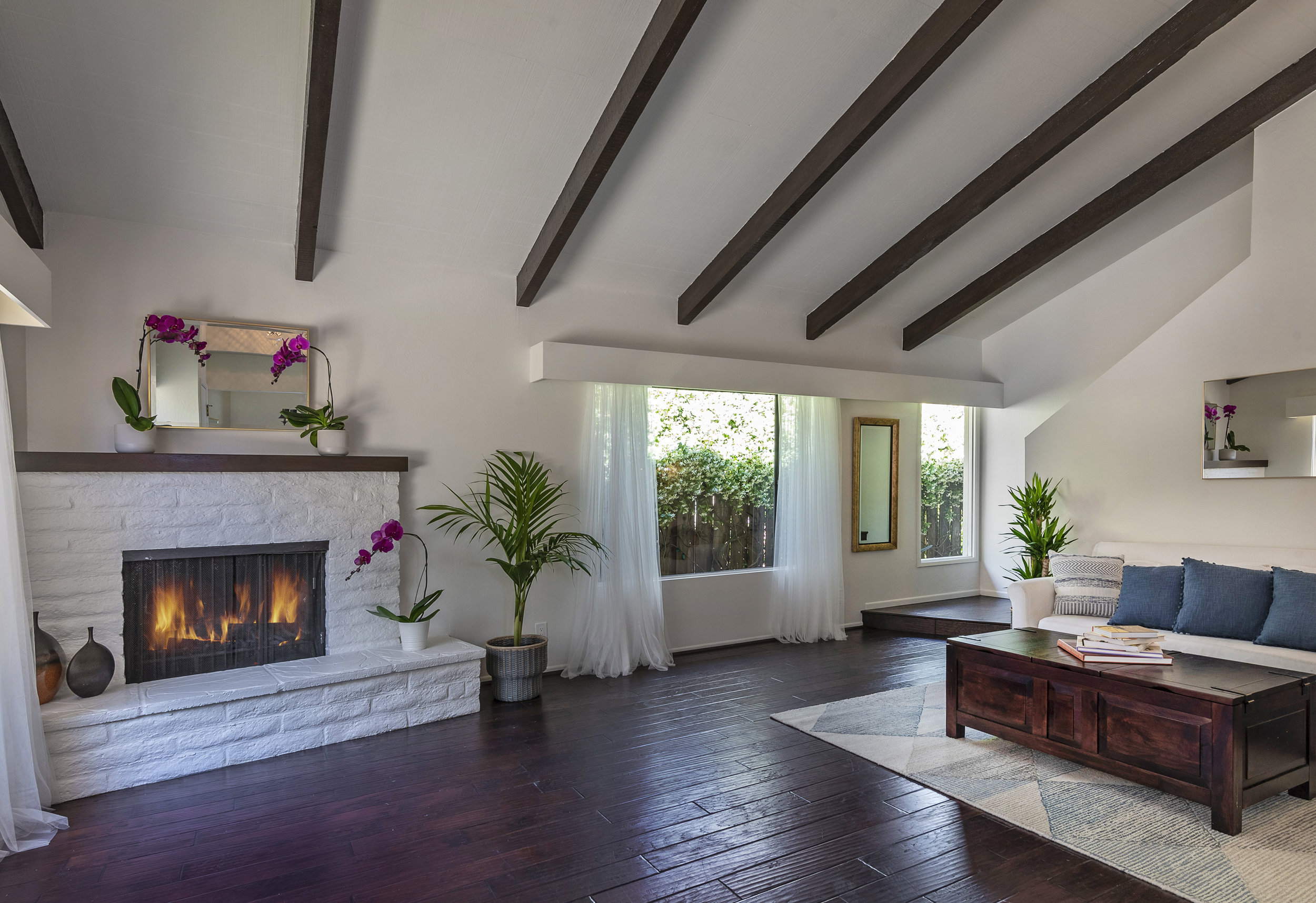 3617 San Remo - $890,000