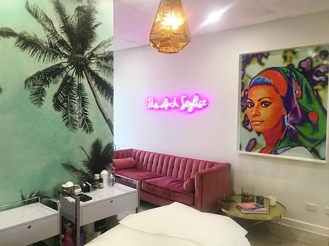 SO EXCITED @beautycollectiveco TO BE IN THIS BEAUTIFUL SPACE NEXT WEEK @thearchstylist MASTERING MICROBLADING FEATHER TOUCH BROWS 🙆🏼 STAY TUNED 💋