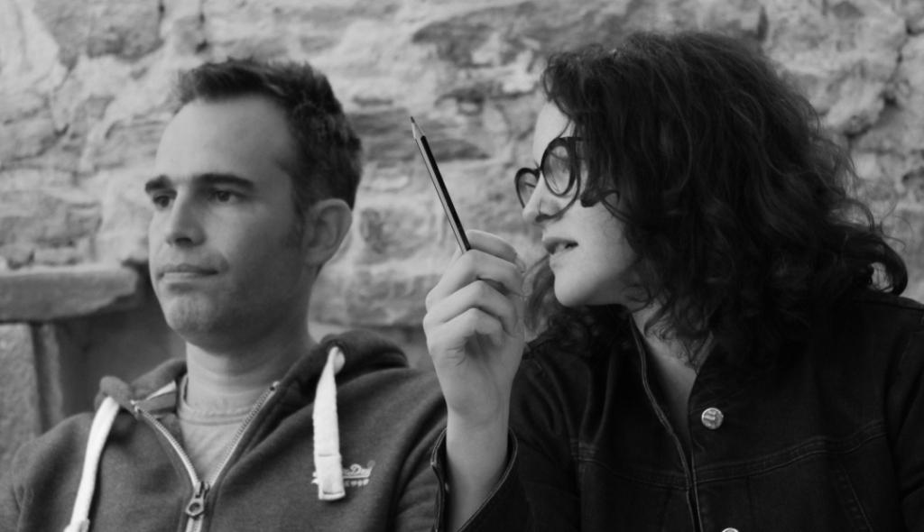 / Bastien Marion et Zeineb Ben Hiba   Tawla, la «table» en occitan et en tunisien, est un atelier de création pluridisciplinaire créé par Zeïneb BEN HIBA et Bastien MARION architectes DPLG et designers.  De la maison individuelle au meuble, ils attachent énormément d'importance à la matière, sa mise en œuvre, sa résonance, son toucher, ses usages, son usure tout en ayant une réflexion sur l'usage et le confort.  Ils signent avec Plumbum un mobilier innovant et surprenant.    www.tawla.fr