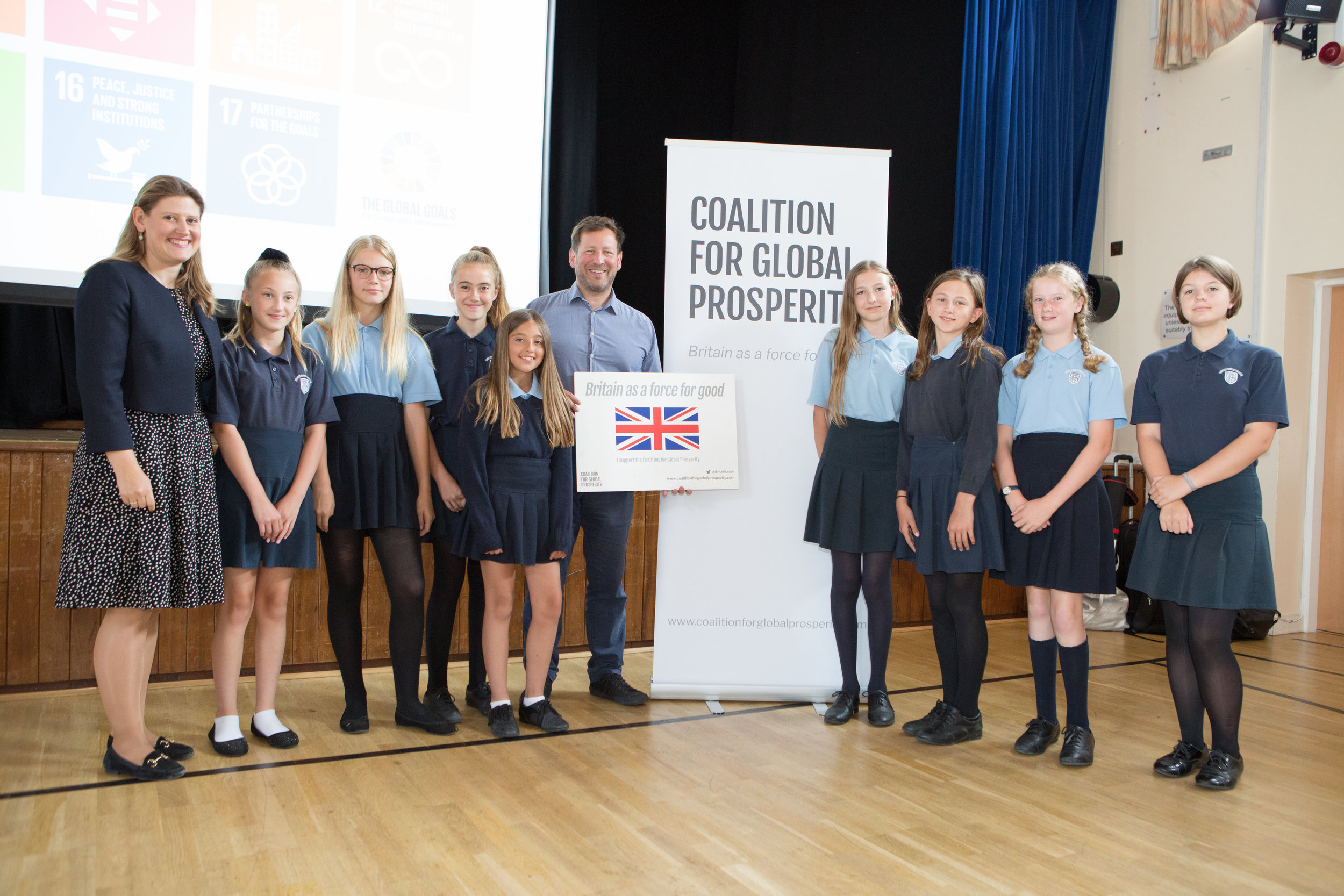 Rt Hon Ed Vaizey MP & Theo Clarke, Founder & Chief Executive of the Coalition with pupils at Didcot Girls' School