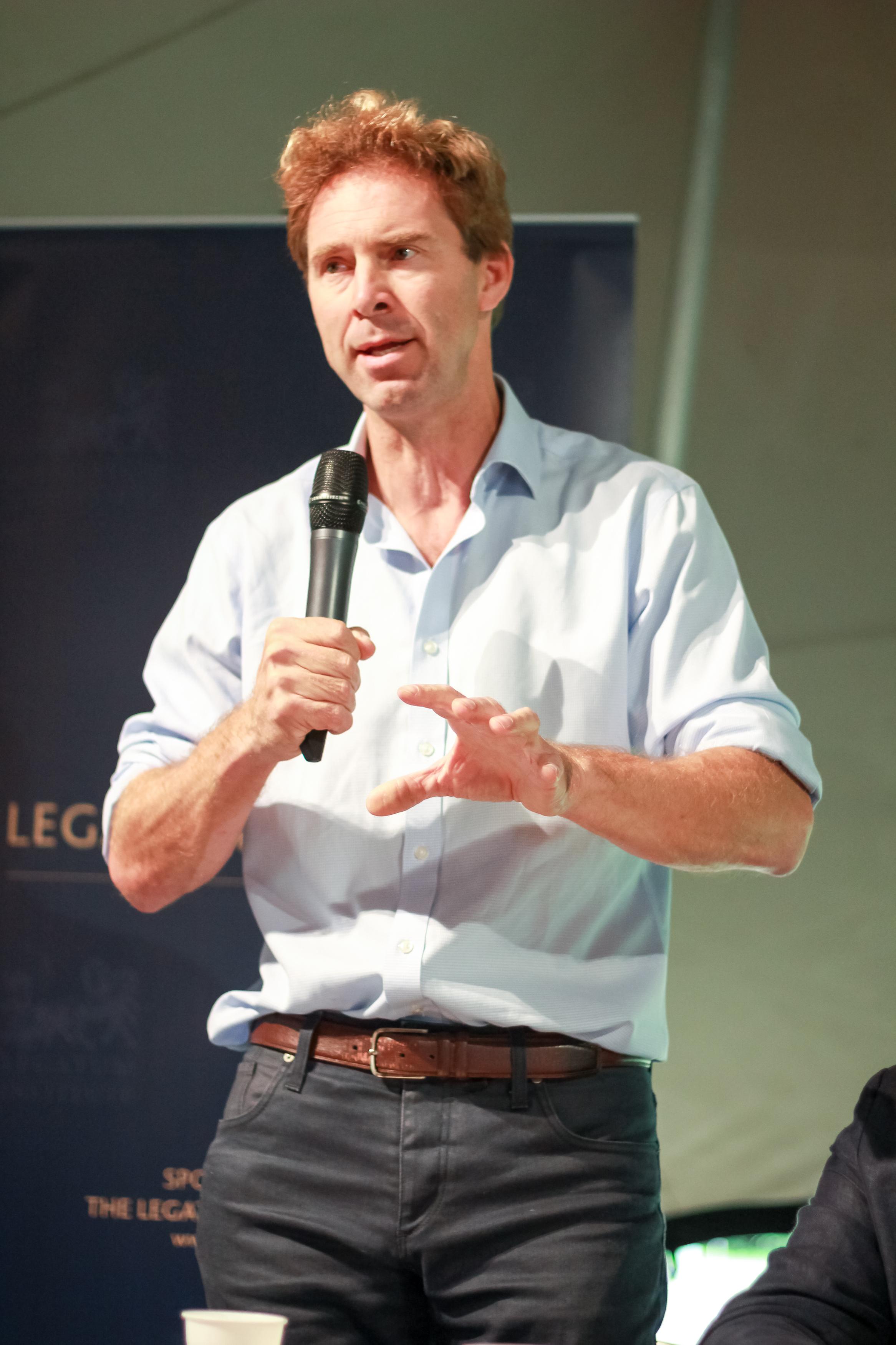 Tobias Ellwood MP.jpg