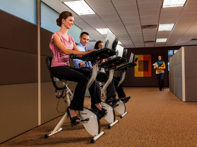 Cardiodesk-Desk-Exercise-Bike-2.jpg