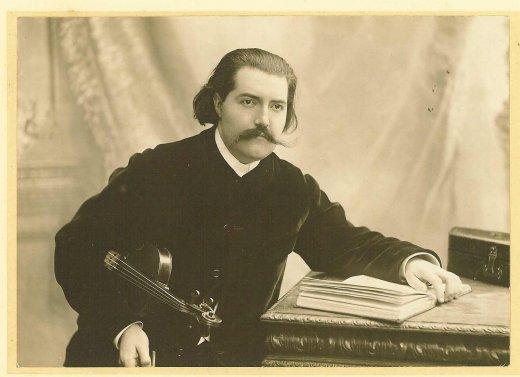Lucien Durosoir, violoniste et  compositeur français ( 1878 -1955), âgé de 26 ans sur la photo