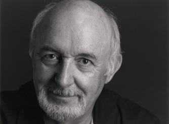 Jean-Pierre Jelmini, ancien conservateur du département historique du MahN, en juillet 2008 lors de l'enregistrement d'un film Plans-Fixes
