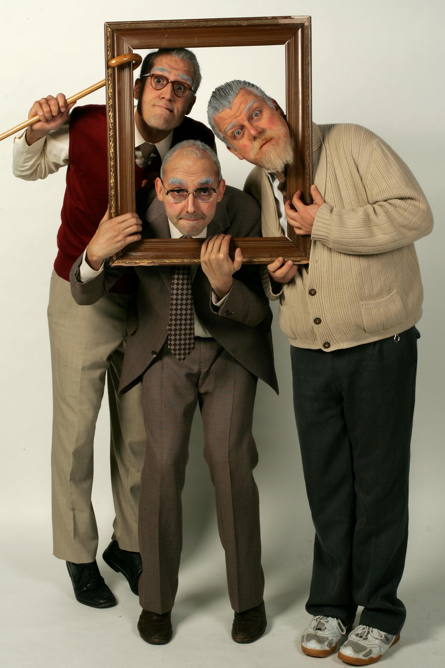 Le trio neuchâtelois d'humorites Les Peutch, présent lors de l'inauguration des Galeries de l'histoire les 24 et 25 mai 2003