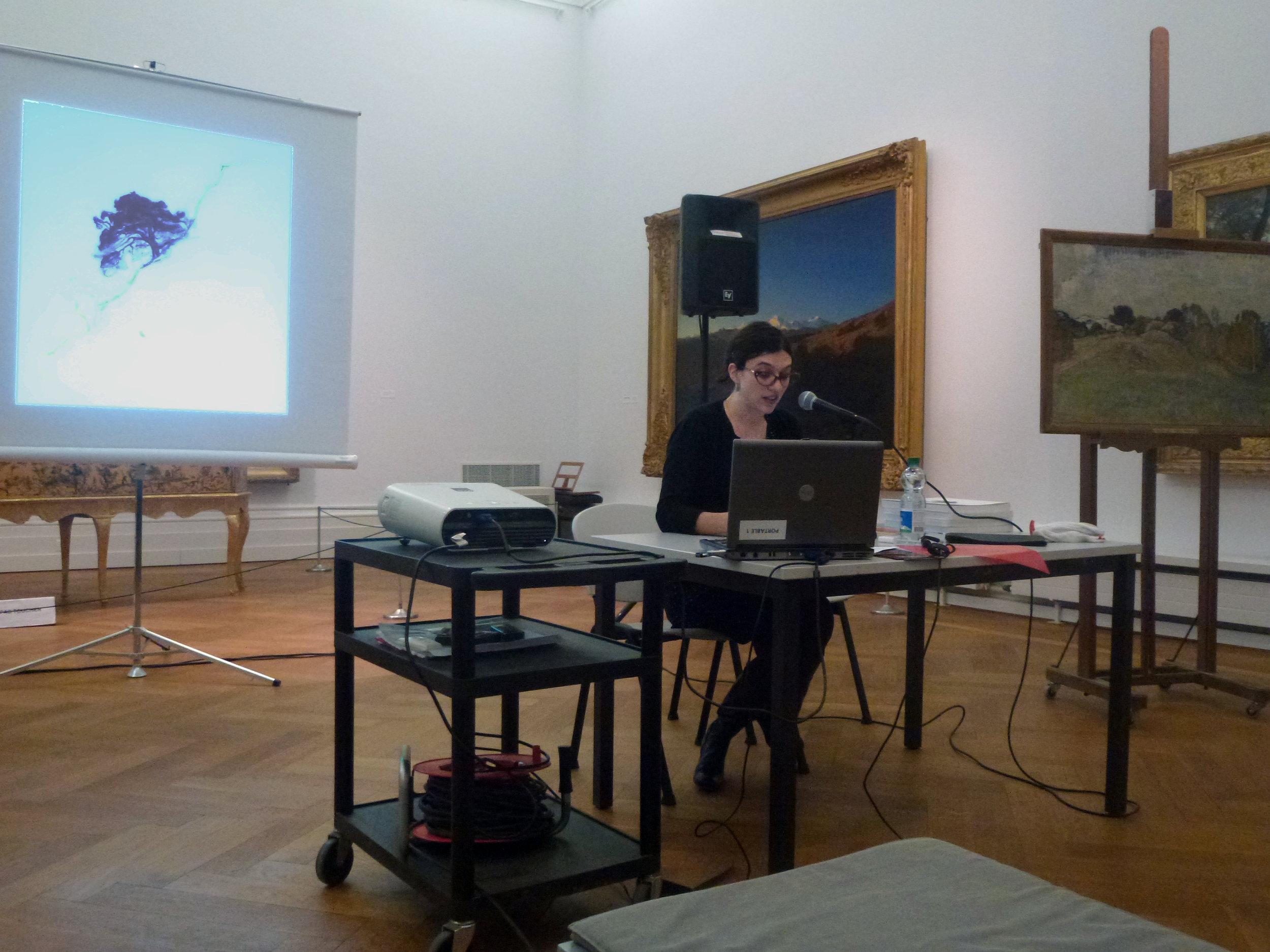 A l'issue de la partie administrative, Antonia Nessi a présenté une conférence sur Edouard Vallet, un peintre valaisan qu'elle affectionne particulièrement