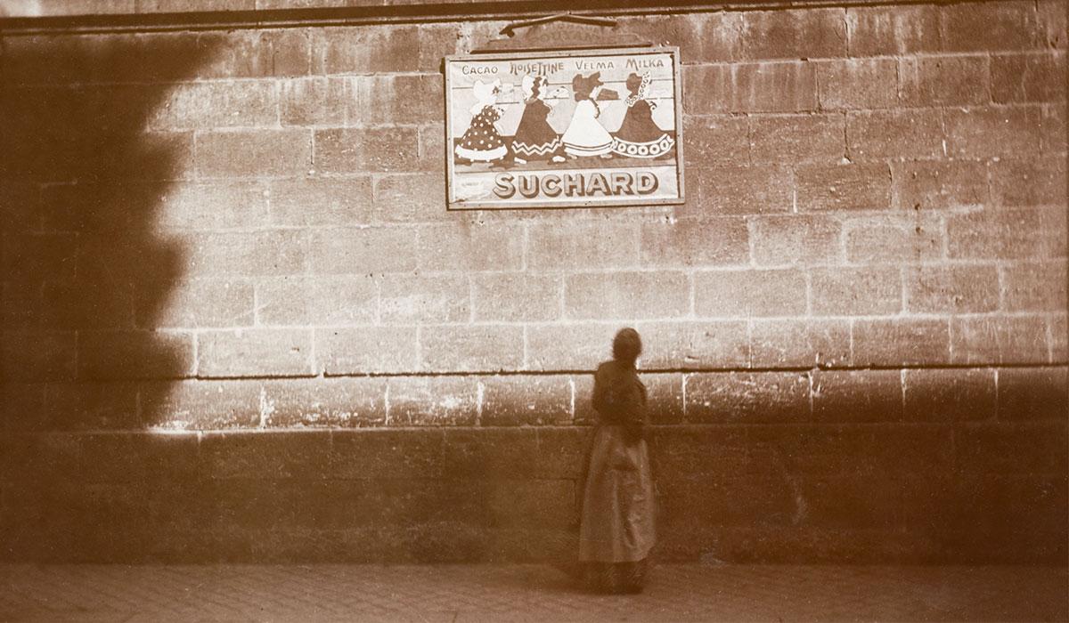 """Publicité """"Suchard"""" à Bordeaux en 1912, tirage au gélatino-bromure d'argent"""