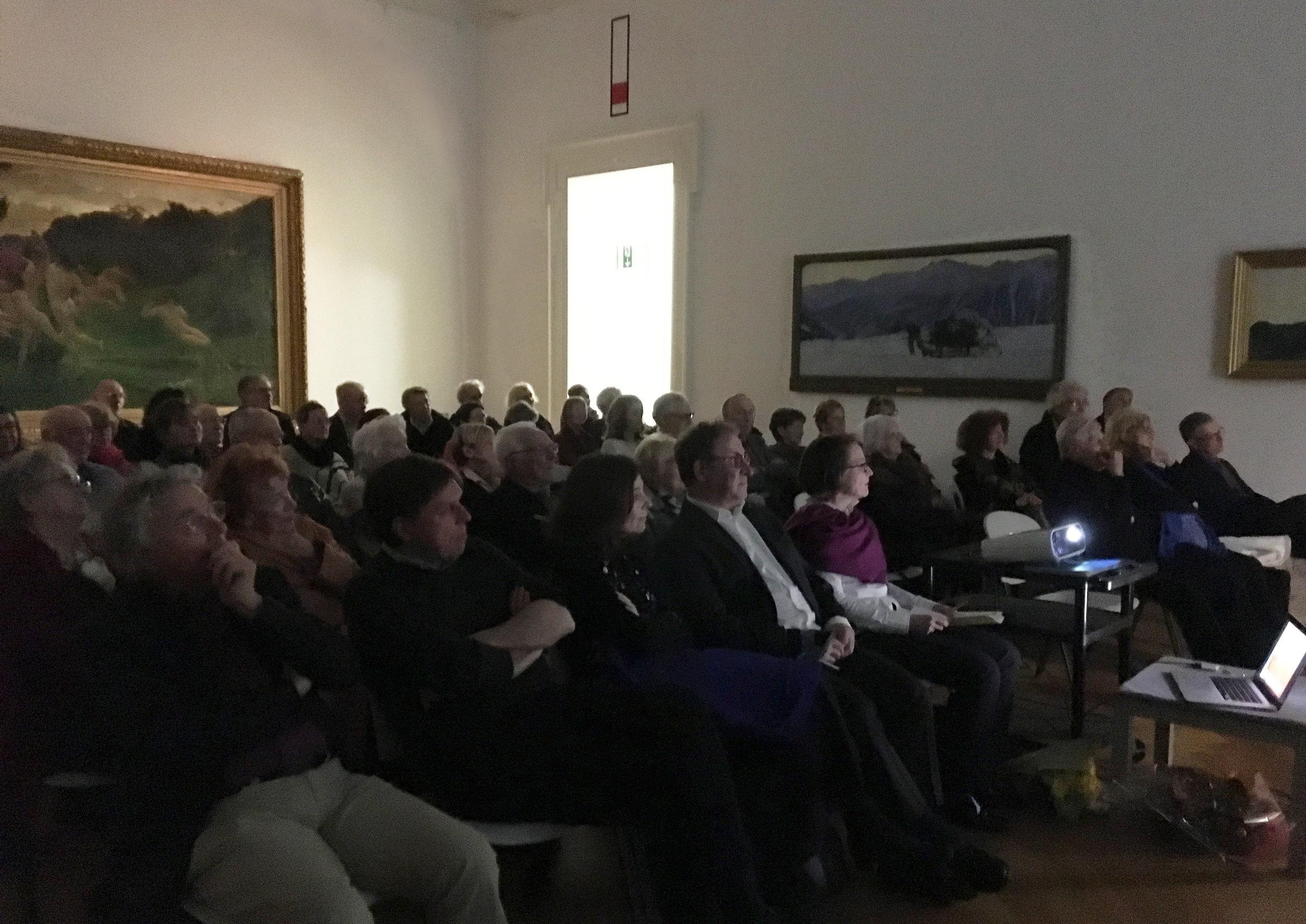 L'assemblée, nombreuse,très attentive lors de la conférence de Patrick Gassmann