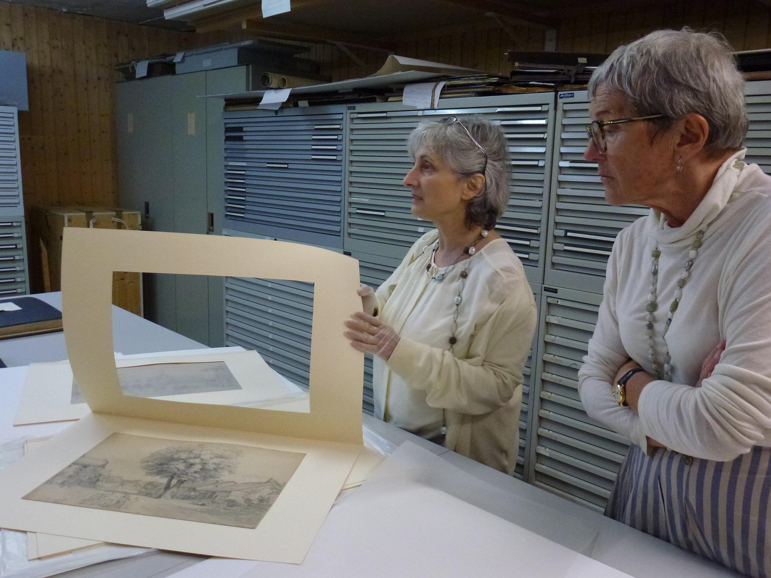 Lucie Girardin-Cestone a le plaisir de montrer quelque-uns de ses coups de coeur aux membres d'ARTHIS, des oeuvres rarement exposées