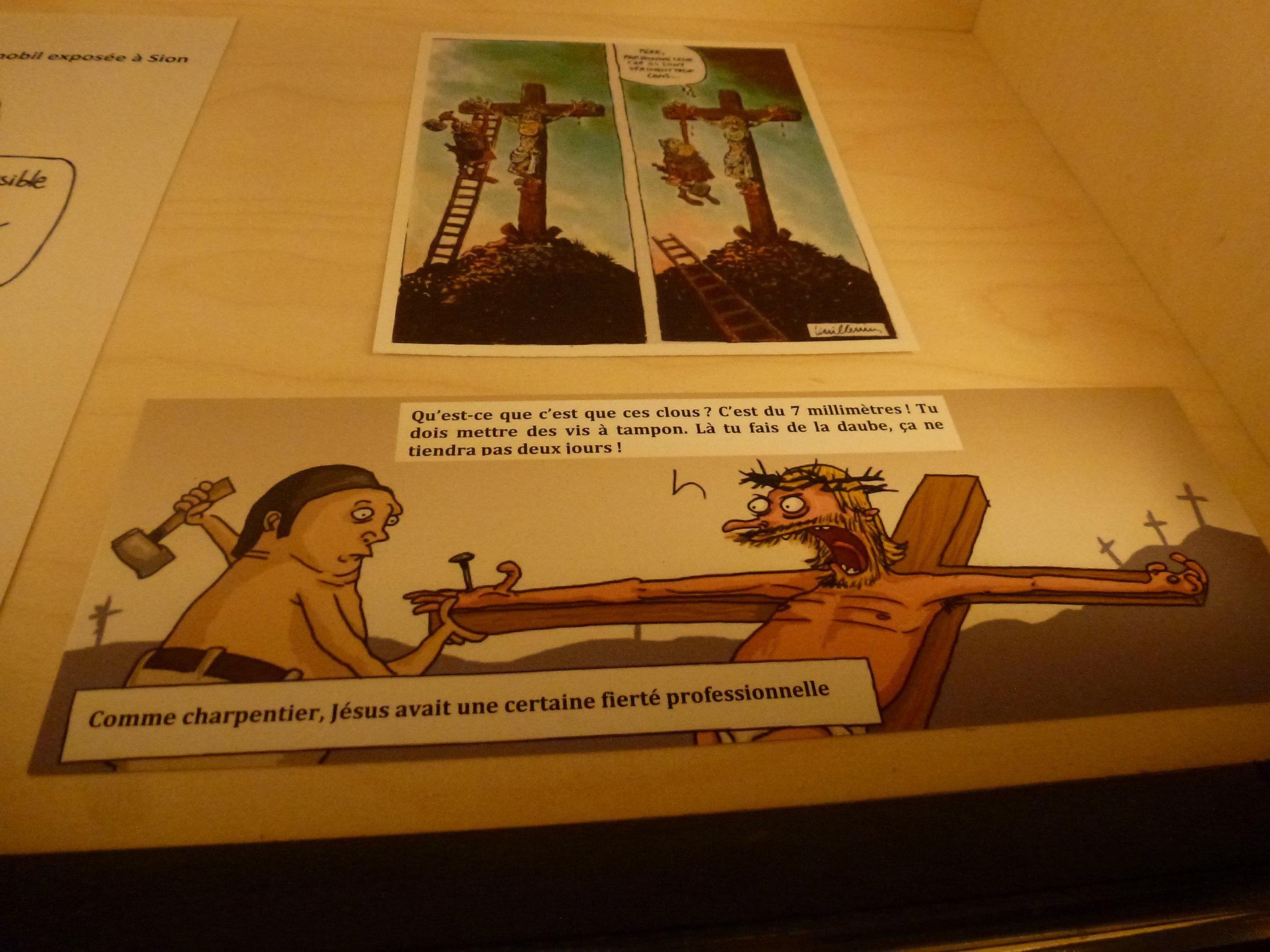 L'humour n'a pas été oublié, une salle étant consacrée à des dessins relatifs aux clous