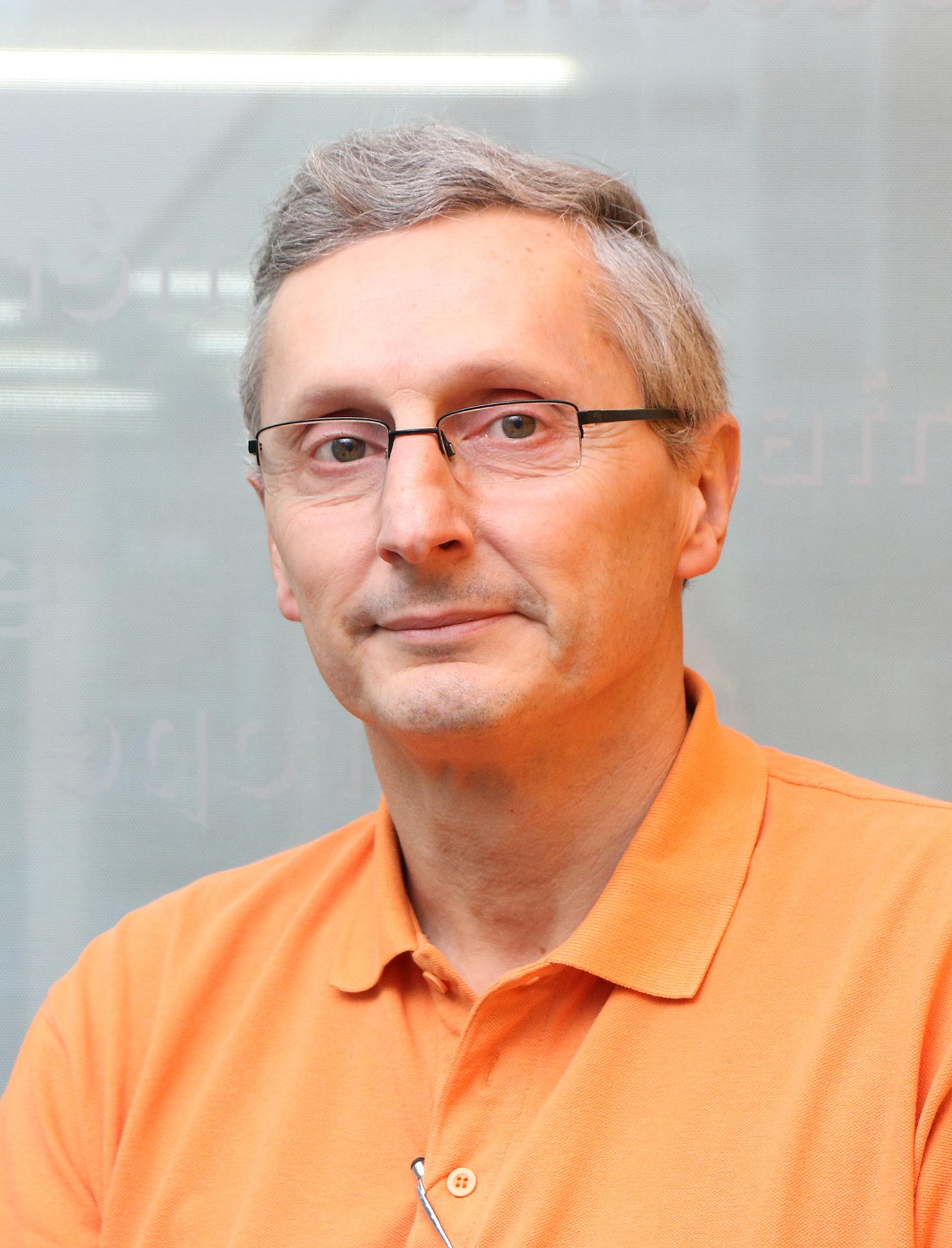 Régis Bertholon,  Professeur à la Haute Ecole Arc Conservation-restauration, responsable de la filière