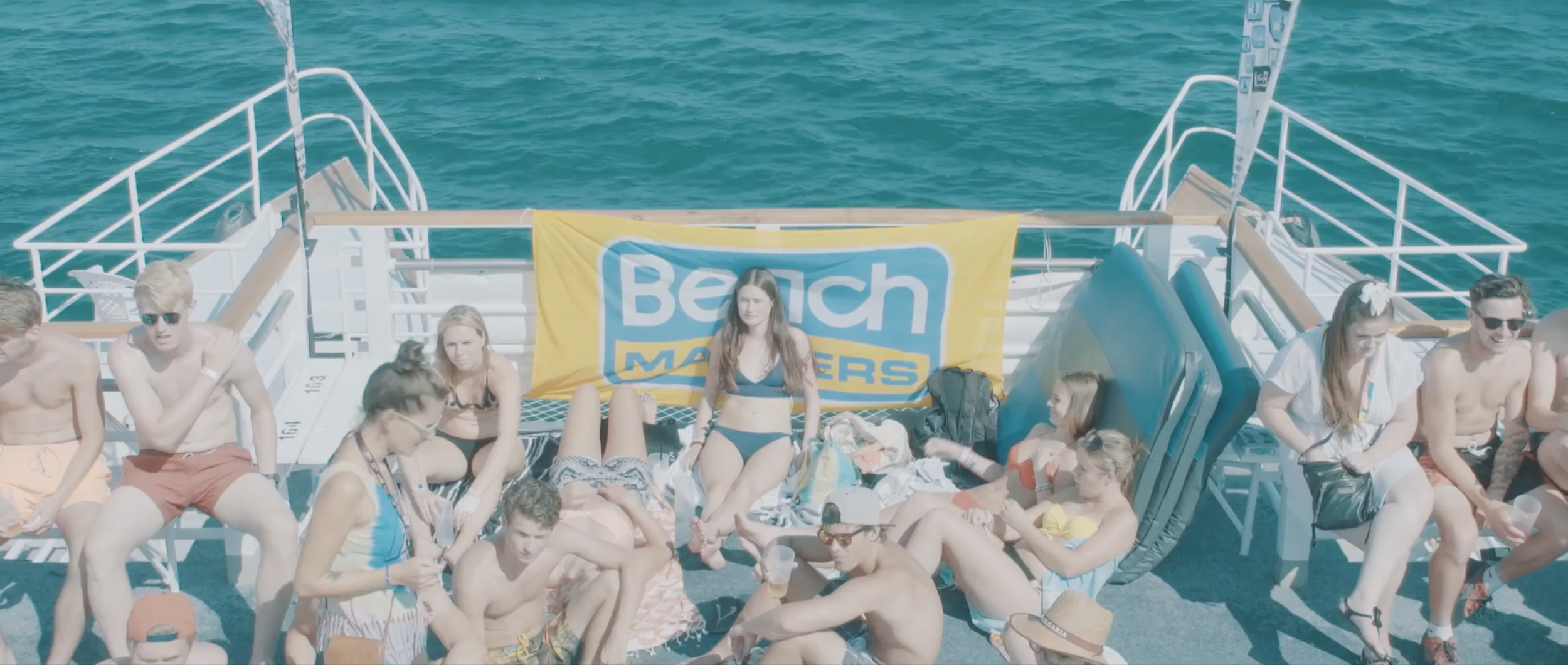 Gogo and Beachmasters are two travel agencies focussing on youngsters looking for a good time in the sun.