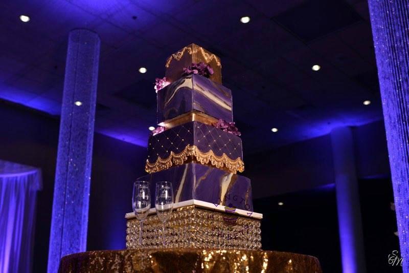 Hawkins - Allen wedding cake.jpg