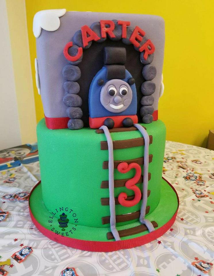 Thomas the train cake.jpg