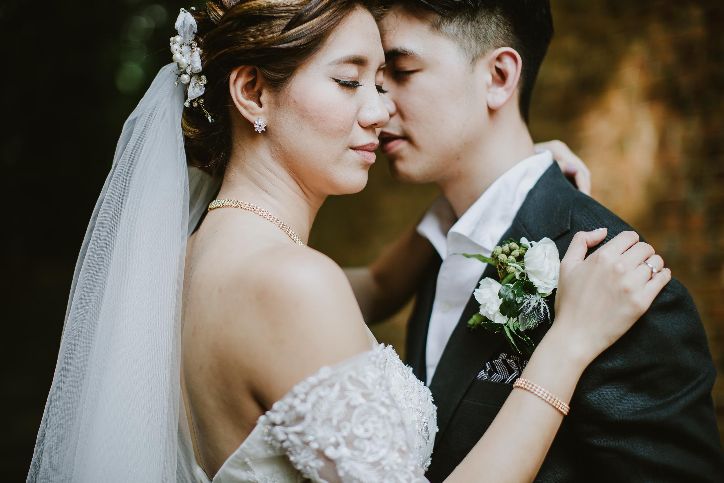 Singapore+Actual+Day+Wedding+Photographer+Raffles+Town+Club+Jeremiah+Christina-0064.jpg