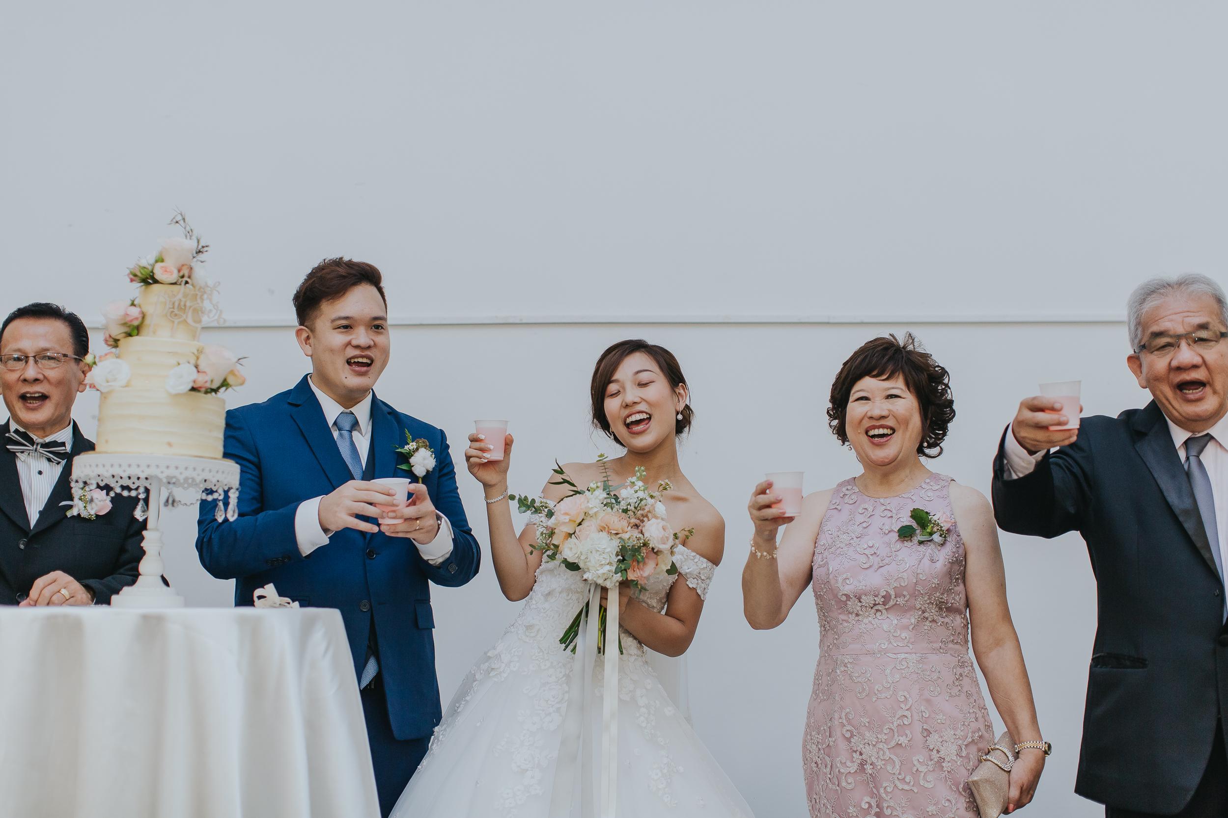 Singapore+Actual+Day+Wedding+Photographer+Grand+Mercure+Oliver+Estelle-0068.jpg