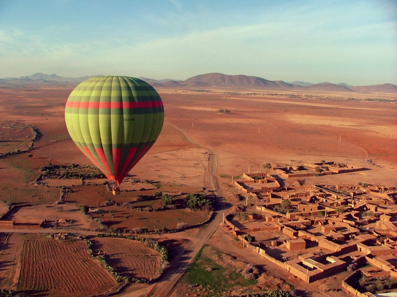 Hot balloon flight in Marrakech - For added beauty, choose the sunrise hot air balloon ride. A unique choice to see the beauty of Marrakech underneath you!RECOMMENDED ITINERARYKNOW MORE
