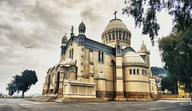 Notre-Dame-Algeria.jpg