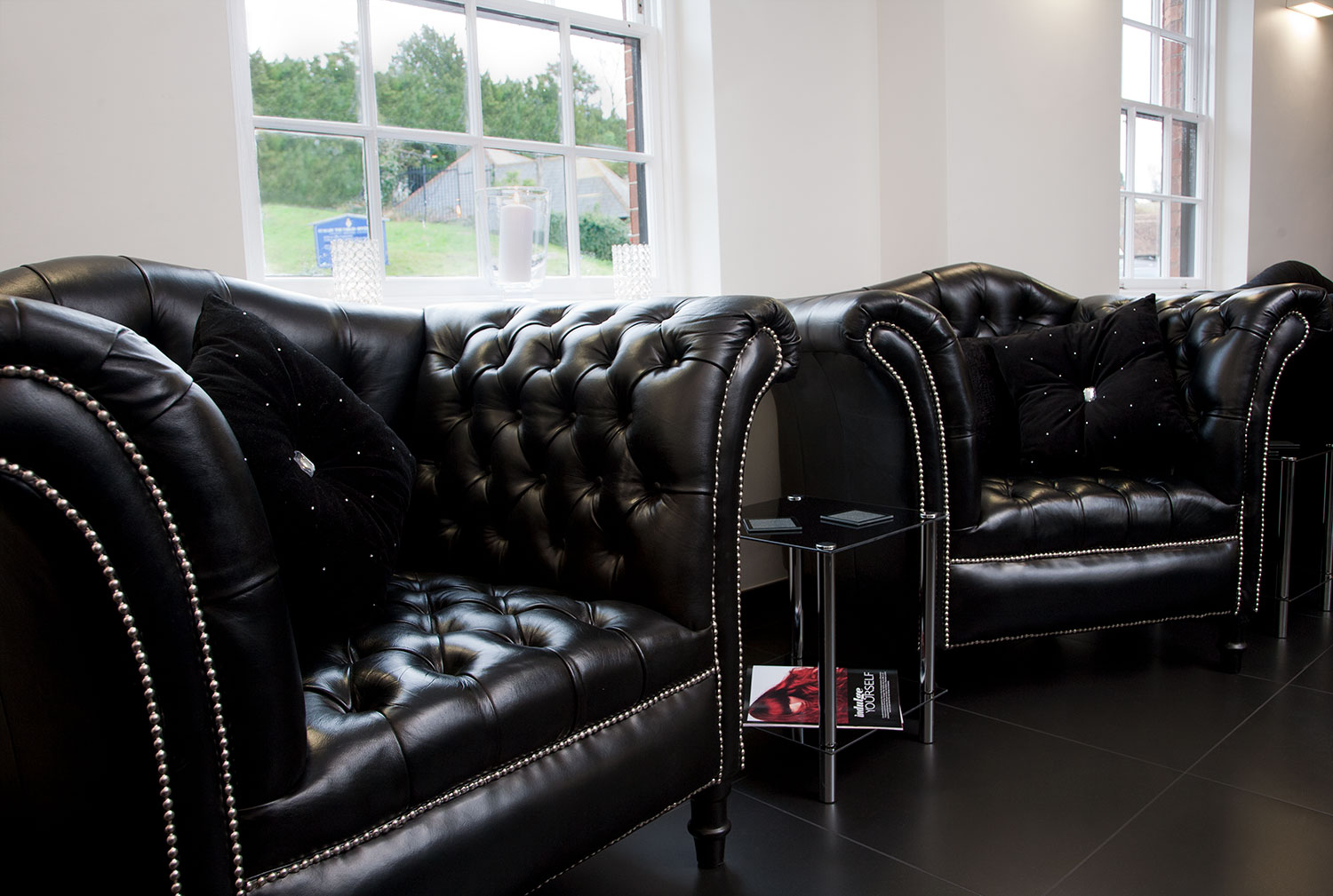 leather_chairs.jpg