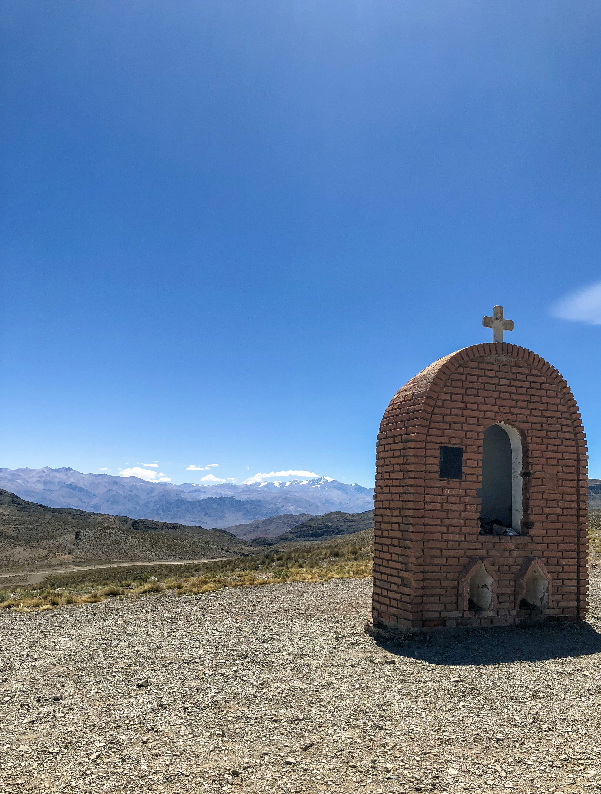 Look out for Cruz De Paramillos. This is the one place you can see Aconcagua, the highest peak in the Andes mountain range.
