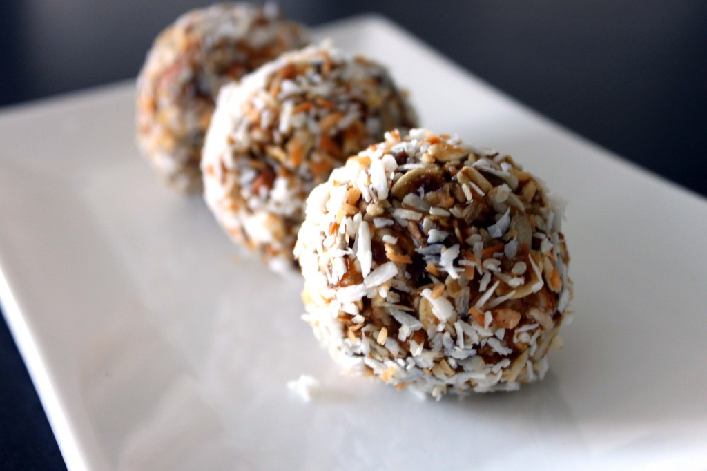 Date-Bliss-Balls-by-@JesseLWellness-glutenfree-1024x682.jpg