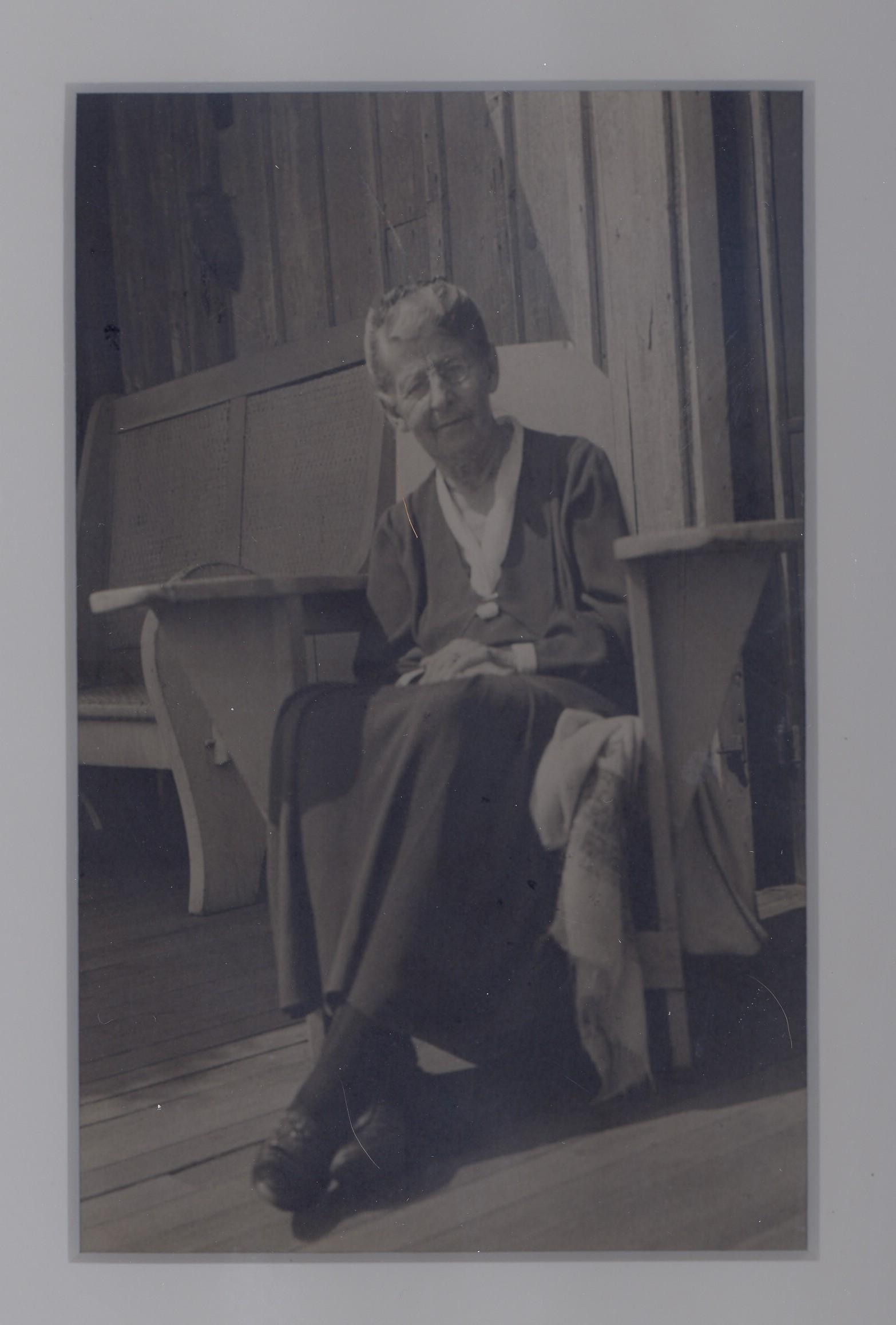 AliceLee(Sept 1937).jpg