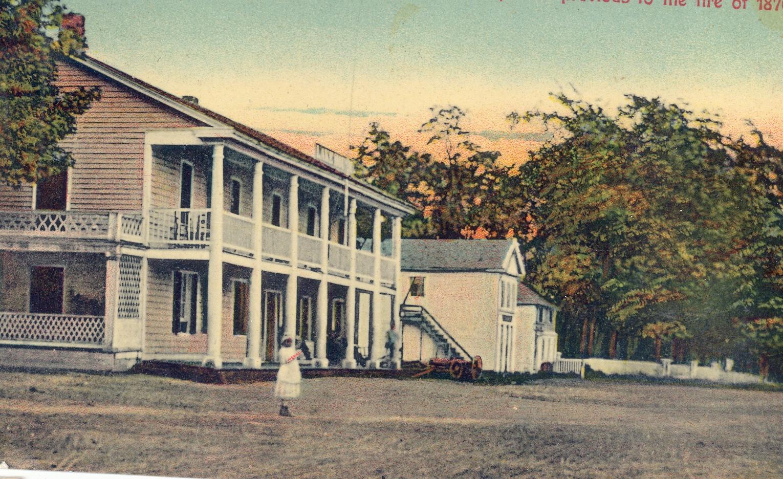 LakeHouse(before fire 1876).jpg