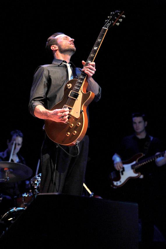 JW-Jones :: Musician, Singer, Songwriter, Producer :: Ottawa