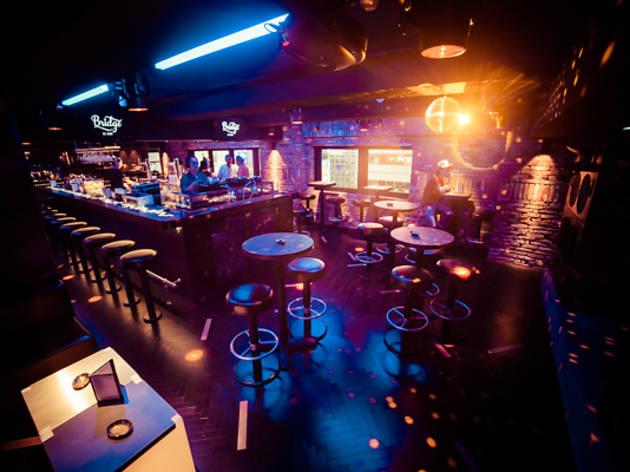 Bars in Tokyo -