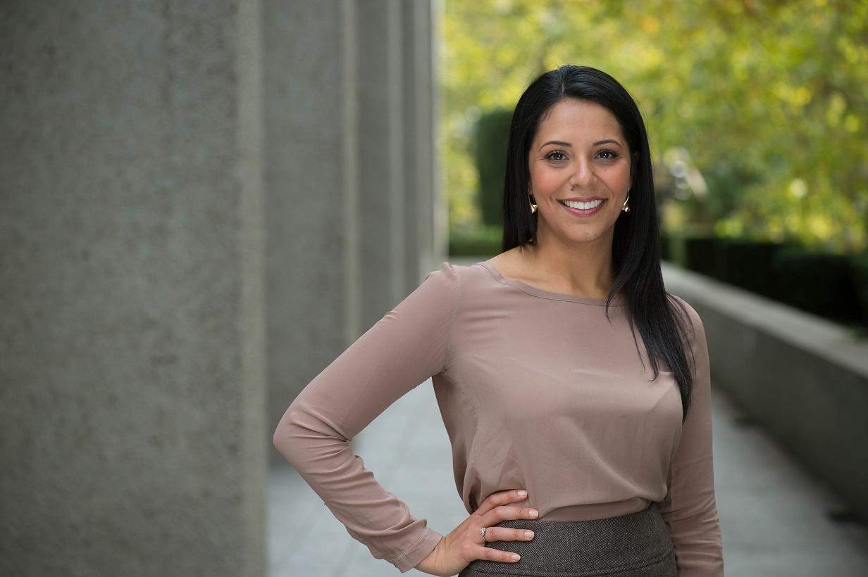 Maryam Behrouzi headshot 2.jpg