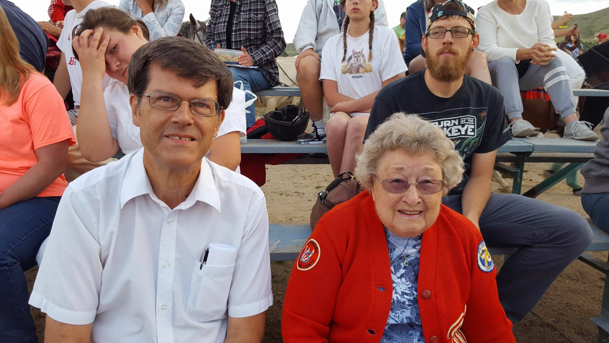 Alumnus Bob Parson and beloved longtime Westernaire volunteer Peg Easley. For many years, Mrs. Easley was the Westernaires coordinator / scheduler.