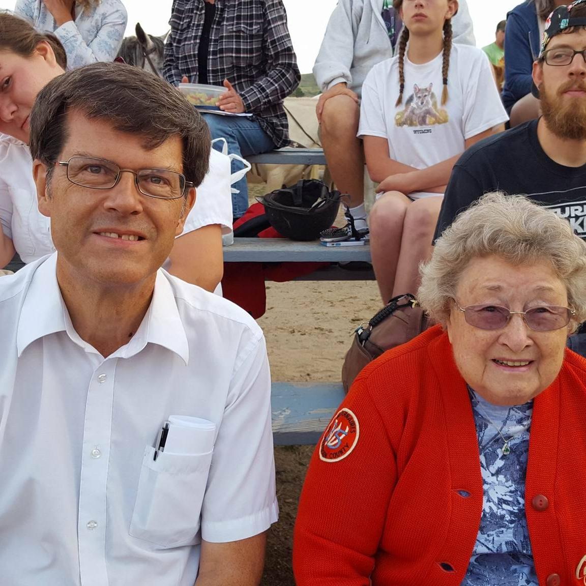 Alumnus Bob Parson with Mrs. Peg Easley at Alumni Week 2017