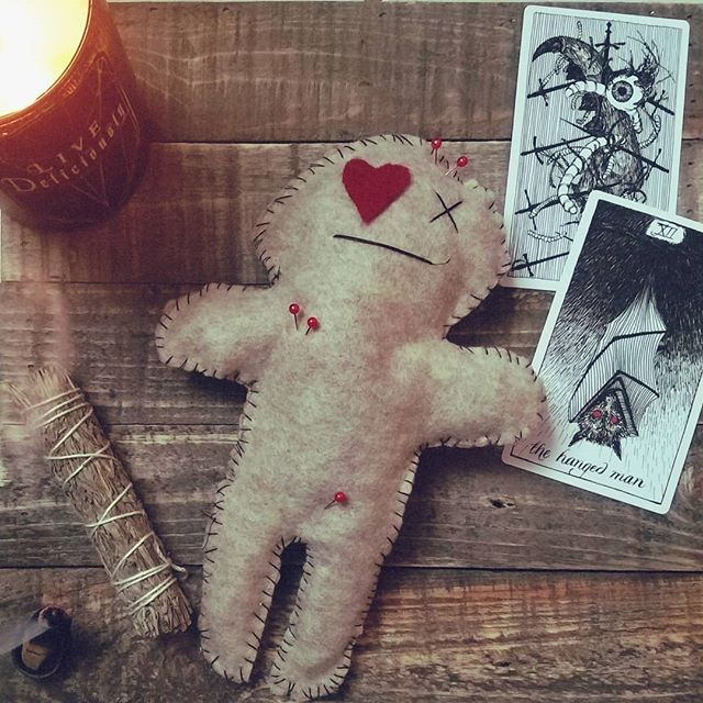 I may or may not have made a voodoo doll of my ex for a video 😈 Link in bio, witches  #voodoo #witches #witchcraft #youtube #horrortube
