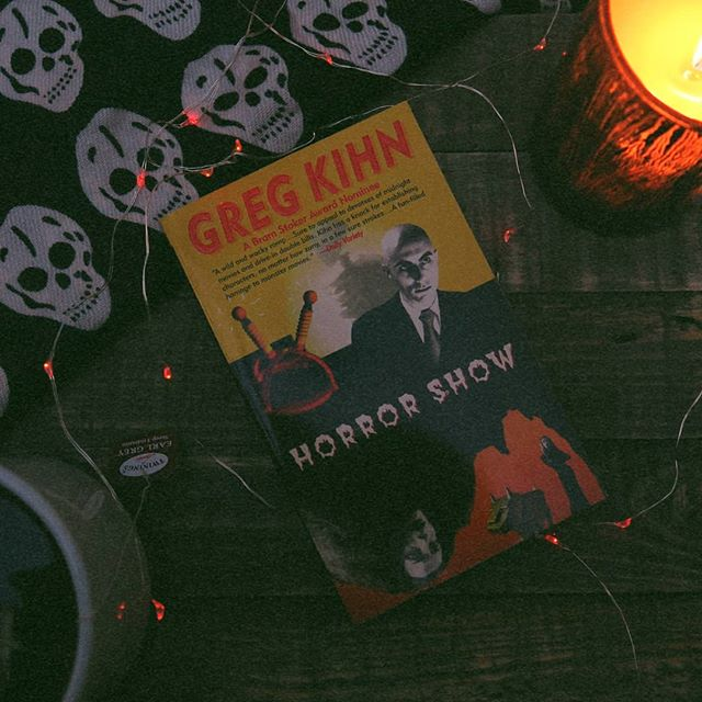 New month 📆 New book 📖 The Creepy Book club is reading Greg Kihn's HORROR SHOW 😱 Follow us on Goodreads to join and let me know what you're reading this month in the comments 🖤  #bookstagram #horrorshow #gregkihn #horrorlibrary #horrorishealthy #creepybookclub