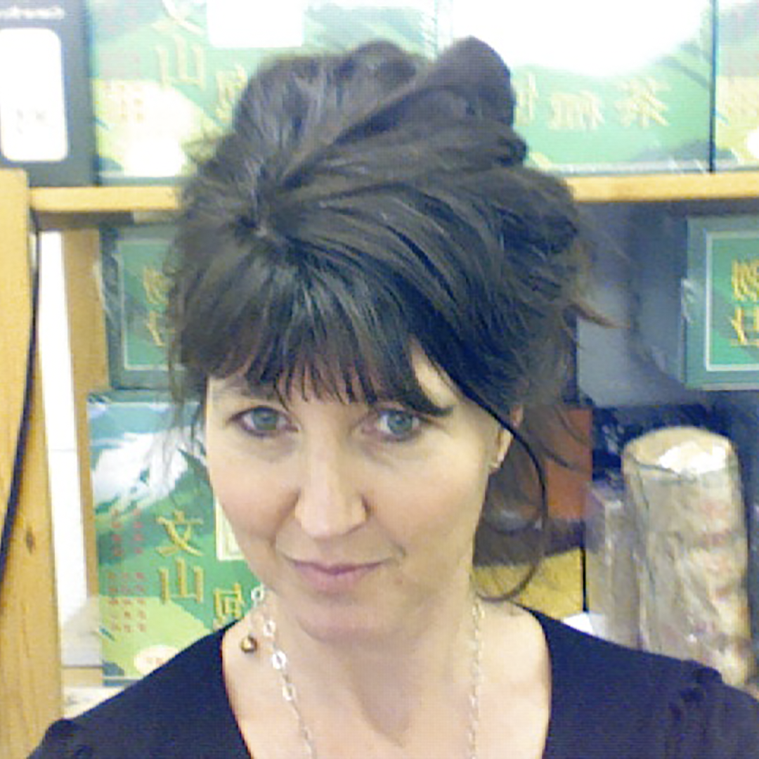 Jennifer Wood  Founder, Creative Director at UK Tea Academy Jennifer Wood was a marketing copywriter for many well known brands before she found her vocation in tea. In 2007 she founded Canton, a premium tea company, based in London dedicated to HoReCa. Though her company provides essential tea training to all partners, she identified the need for a professional, dedicated tea training body with a recognised certification programme - much like SCA. With colleagues well established in the world of tea and coffee training, she founded the UK Tea Academy in 2015 to share the rich culture, ancient history and pure gastronomic pleasure of tea.  She is involved in the cultural events of the UKTA and in developing a network of Licensed Trainers who will take the objectives of the UKTA to the F&B sector, helping to increase the understanding and appreciation of tea, to raise service standards and inspire a new wave of innovation and craft in authentic, hand-produced tea.