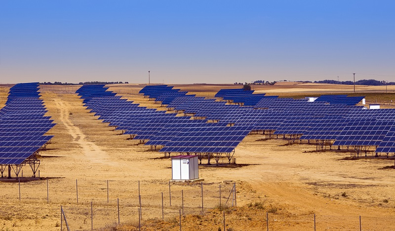 is-it-possible-to-get-constant-power-from-solar-panels.jpg