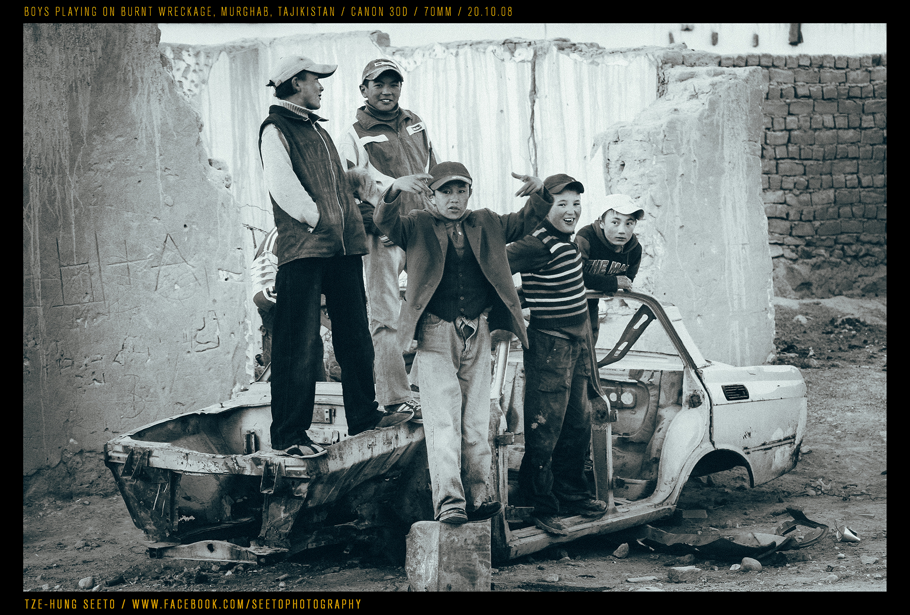 Murghab boys & burnt out car_CP.jpg