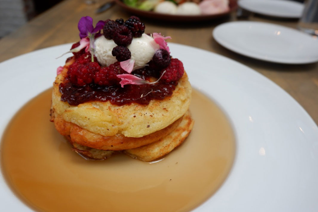 best-pancakes-vancouver-brunch-l'abattoir-french-restaurant.jpg