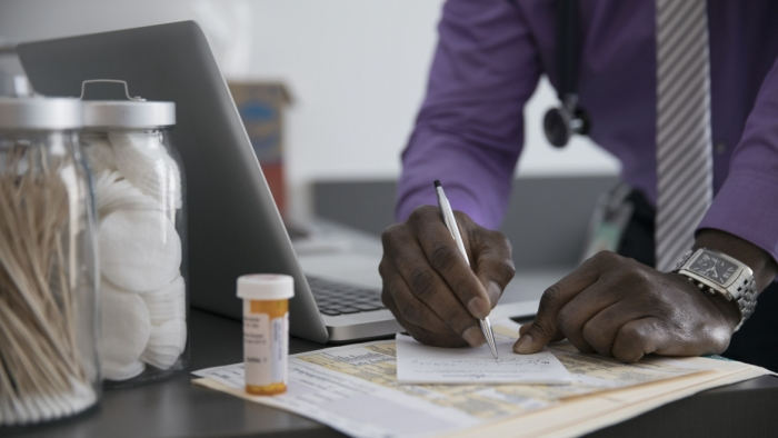 number-of-patients-enrolled-in-canadas-medical-marijuana-program-increasing__FocusFillWzExNzAsNjU4LCJ5Iiw2MV0.jpg