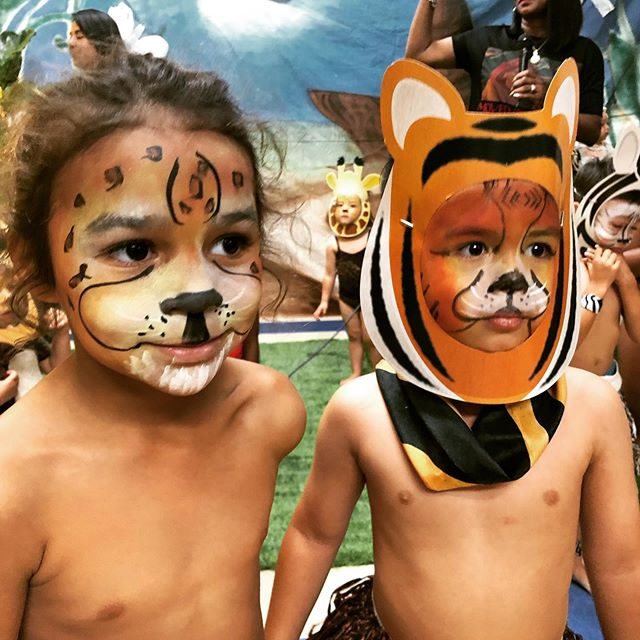 Hakuna Matata. The circle of life. #lionking #ohmy #cheetah #kinderkids #schoolplay #family